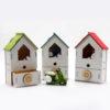 Vespa in resina con box a forma di casetta in legno con temperino, tre modelli assortiti