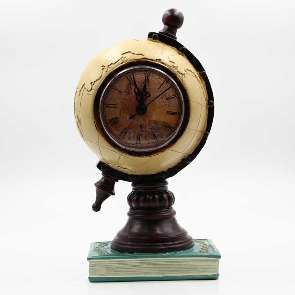 Mappamondo salvadanaio in resina con orologio