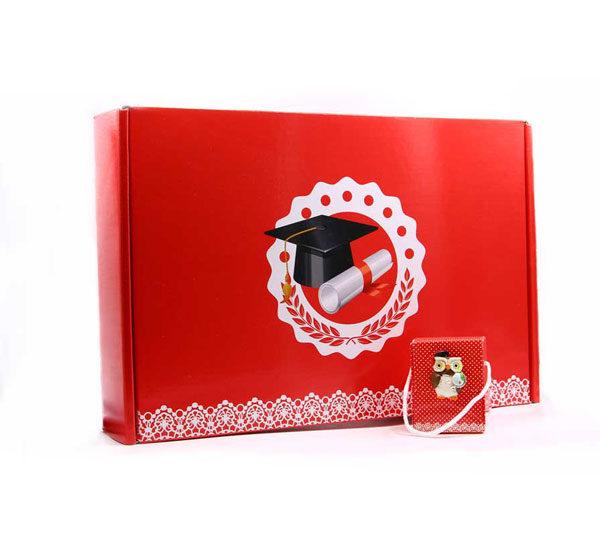 Set da 24 scatoline porta confetti a forma di borsetta in cartone, con applicazione magnete